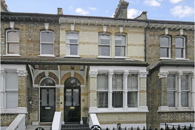 Thumbnail Property to rent in Linden Gardens, London