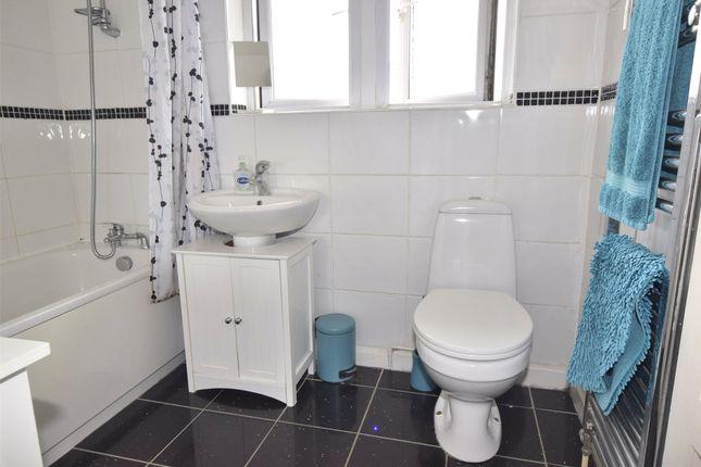 Bathroom of Bourne Road, St. George, Bristol BS15