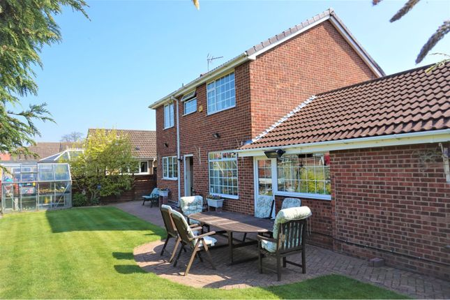 Thumbnail Detached house for sale in Oakwood Close, Hull