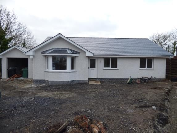 Thumbnail Bungalow for sale in Penysarn, Amlwch, Anglesey, North Wales
