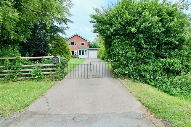 3 bed detached house for sale in Sutton Cum Granby, Nottingham NG13