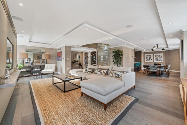Thumbnail Duplex to rent in The Bolsover Penthouse, New Cavendish Street, Marylebone