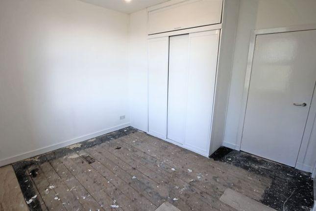 Bedroom 1 of Arklay Street, Dundee DD3