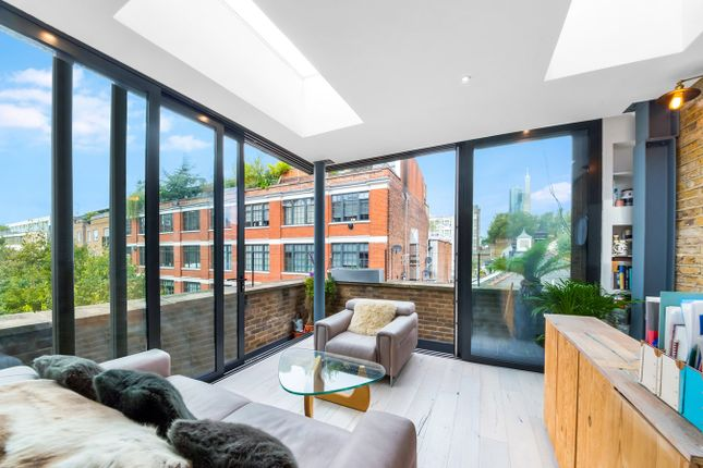 2 bed end terrace house for sale in Banner Street, London EC1Y