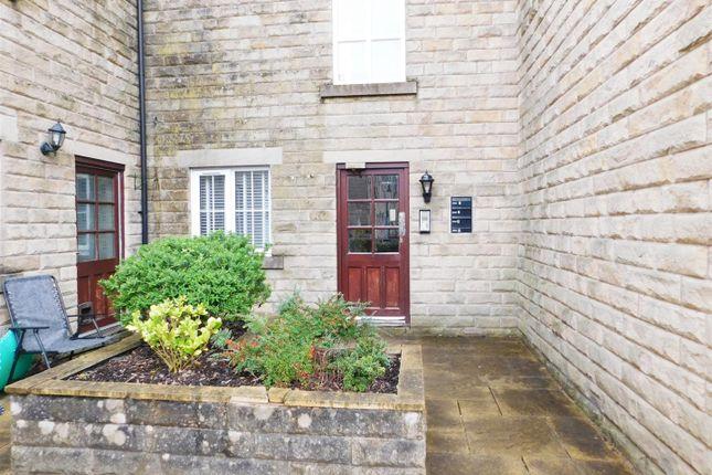 Thumbnail Flat to rent in Lauren Close, Lees, Oldham