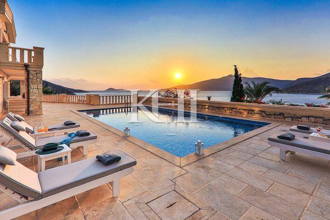 Thumbnail Villa for sale in Komurluk, Kalkan, Antalya Province, Mediterranean, Turkey