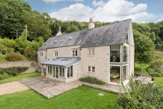 Thumbnail Detached house for sale in Wick Street, Stroud