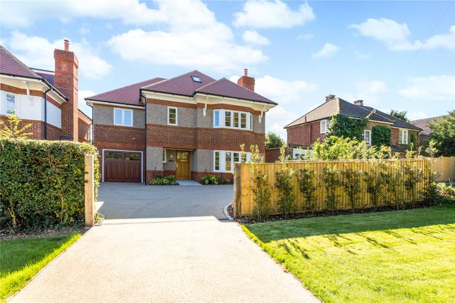 Thumbnail Detached house for sale in Vicarage Lane, Kings Langley, Hertfordshire