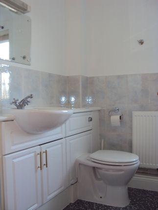 Bathroom of Sandmartin Crescent, Colchester CO3