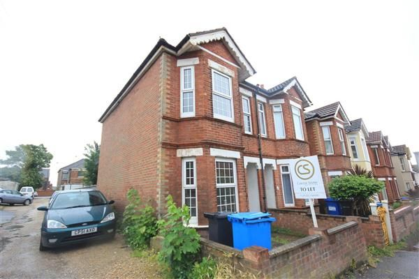 Thumbnail Semi-detached house to rent in Richmond Road, Lower Parkstone, Poole