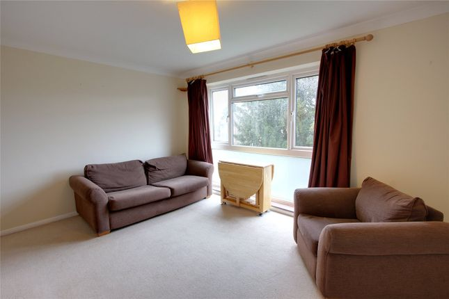 Picture No. 02 of Harris Close, Enfield, Middlesex EN2