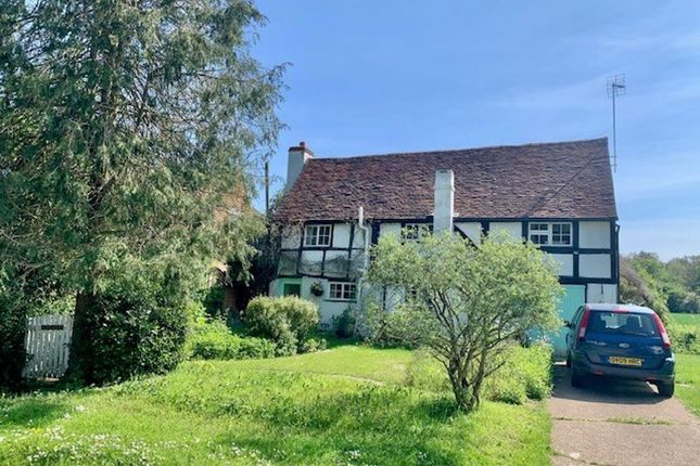 Detached house for sale in Blakes Lane, Hare Hatch, Reading