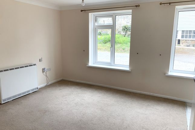 2 bed flat to rent in East End, Turnpike Road, Marazion TR17