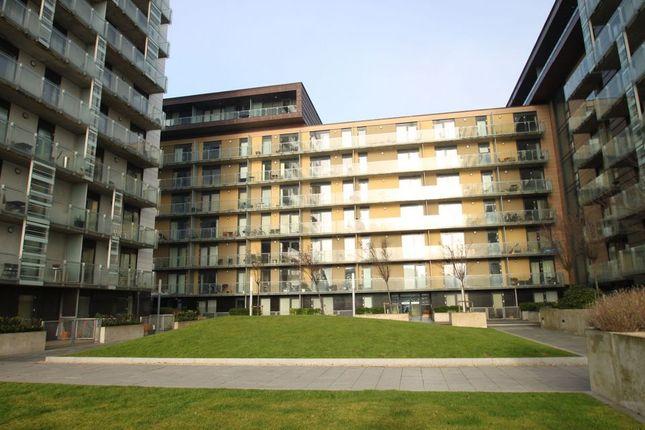 Thumbnail Flat to rent in Glasgow Harbourterraces, Glasgow