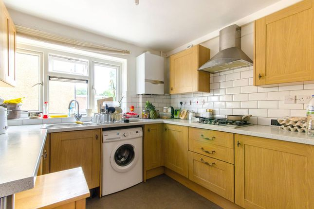 Thumbnail Flat for sale in The Ridgeway, Chingford, London