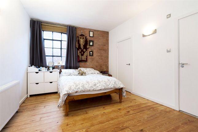 Picture No. 10 of Casson Street, London E1