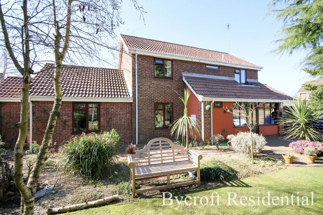 Thumbnail Detached house for sale in Decoy Road, Ormesby, Great Yarmouth