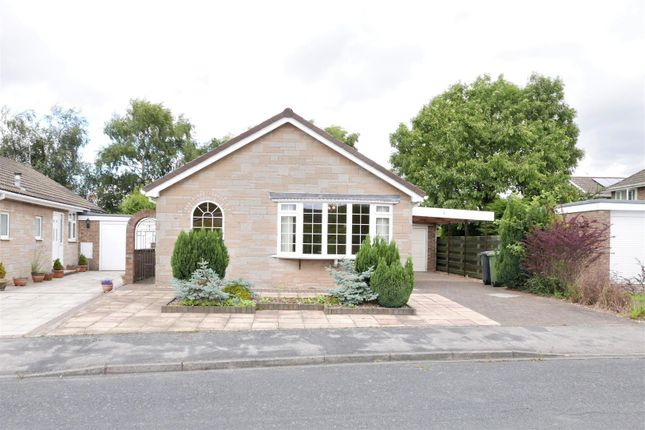 Thumbnail Property for sale in Ashwood Glade, Haxby, York