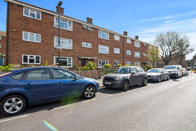 2 bed flat for sale in Wellstead Road, East Ham, London E6