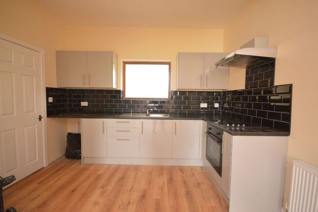 Thumbnail Flat to rent in Barnsley Road, Hemsworth, Pontefract
