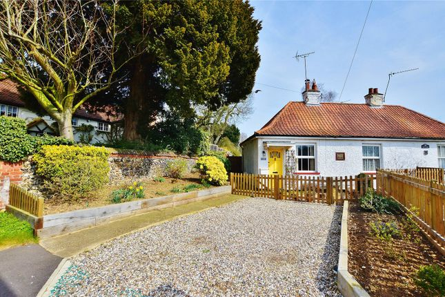 Thumbnail Bungalow for sale in Albury Road, Little Hadham, Ware