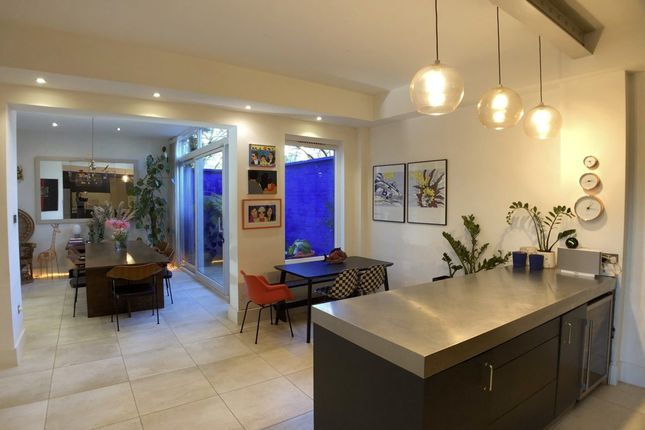 Thumbnail Terraced house to rent in The Gardens, London