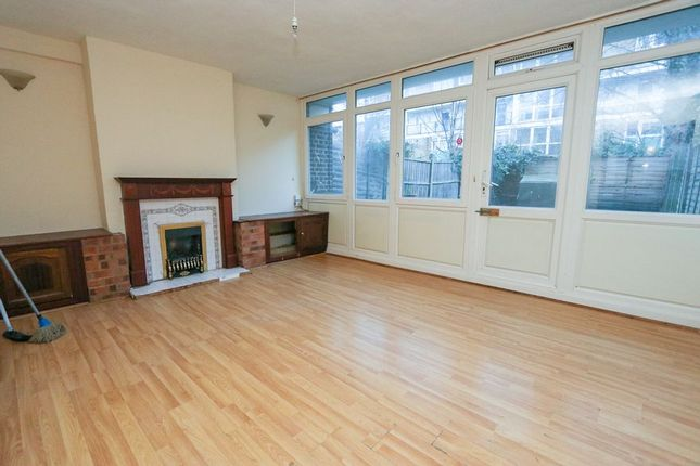 4 bed maisonette for sale in Styles Gardens, Brixton (Zone 2) SW9, London,