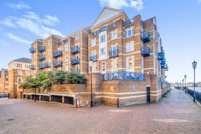 2 bed flat for sale in King & Queen Wharf, London SE16