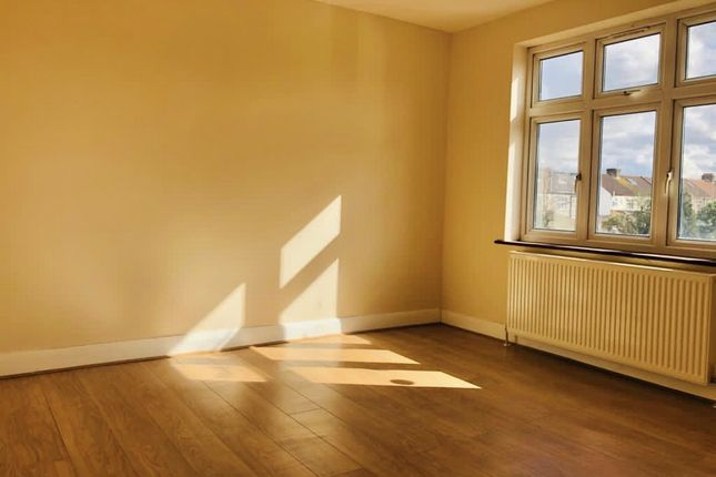 Thumbnail Terraced house to rent in Green Lane, Ilford, Essex