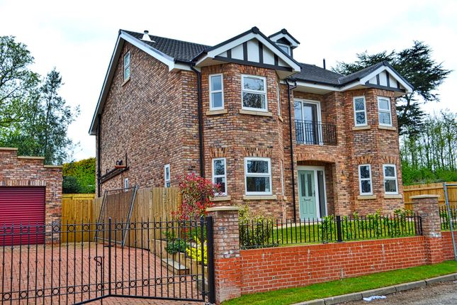 Thumbnail Detached house for sale in Lakeside, Astbury