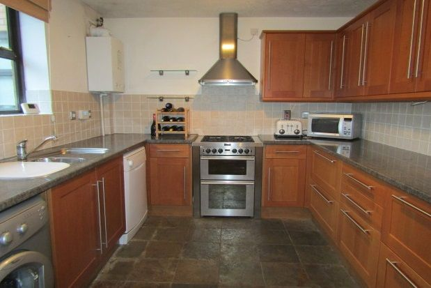 Thumbnail Flat to rent in Sealand Court, Esplanade, Rochester