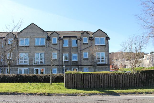 Thumbnail Flat for sale in Stirling Road, Dunblane