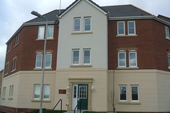 Thumbnail Flat to rent in Erw Hir, Bridgend