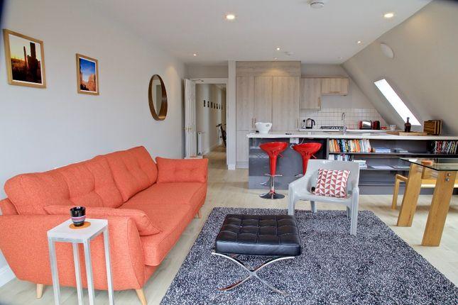 Thumbnail Flat to rent in Newbattle Terrace, Morningside, Edinburgh