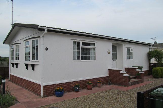 Thumbnail Mobile/park home for sale in Plumtree Park (Ref 5621), Marham, Nr Kings Lynn
