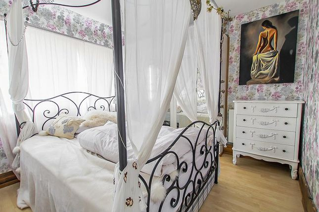 Bedroom One of Linton Rise, Nottingham NG3