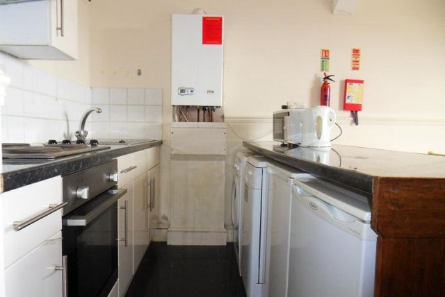 Thumbnail Flat to rent in Flat 2, Sketty Road, Uplands, Swansea.