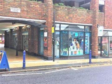 Thumbnail Retail premises to let in High Street, St. Albans