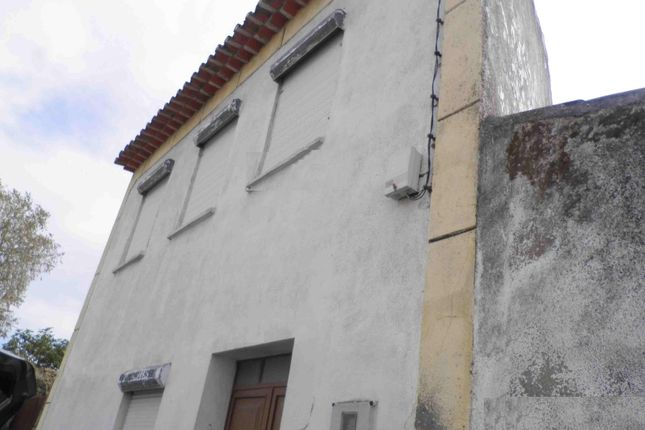 2 bed town house for sale in Lardosa, Castelo Branco, Portugal, Lardosa, Castelo Branco (City), Castelo Branco, Central Portugal