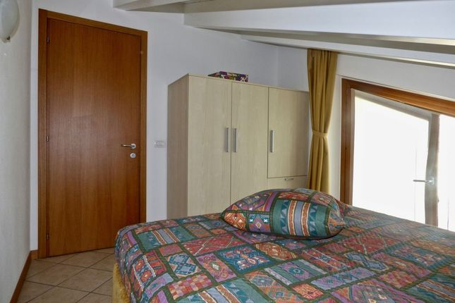Bedroom of Via Regina Gravedona Ed Uniti, Gravedona Ed Uniti, Como, Lombardy, Italy