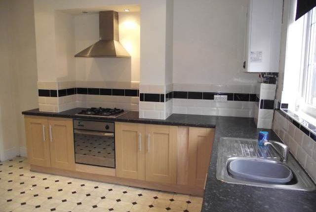 Thumbnail Terraced house to rent in Barnsley Road, Wombwell, Barnsley