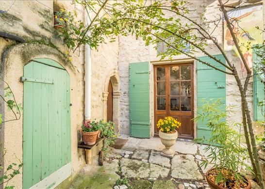 Ansouis france 4 bedroom property for sale 43592424 for Garage ad pertuis