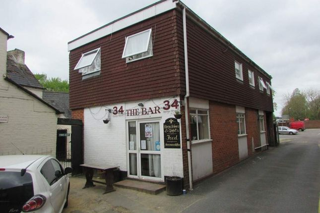 Thumbnail Hotel/guest house for sale in Bar 34, Andover