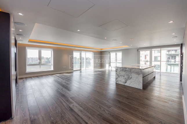 Thumbnail Flat to rent in Distillery Wharf, Hammersmith