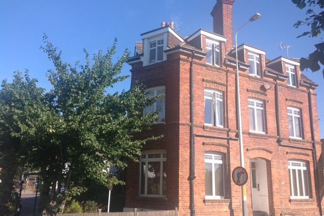 Thumbnail Flat to rent in Douglas Avenue, Hythe