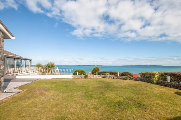 Thumbnail Detached bungalow for sale in Ruette Irwin, Fort George, Guernsey