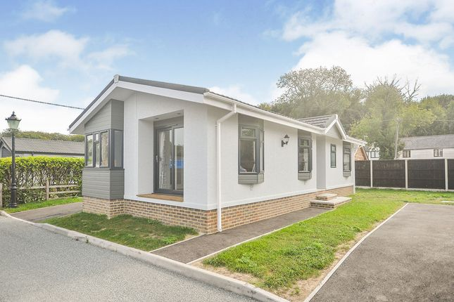 2 bed mobile/park home for sale in Ropersole Park, Dover Road, Barham, Canterbury CT4