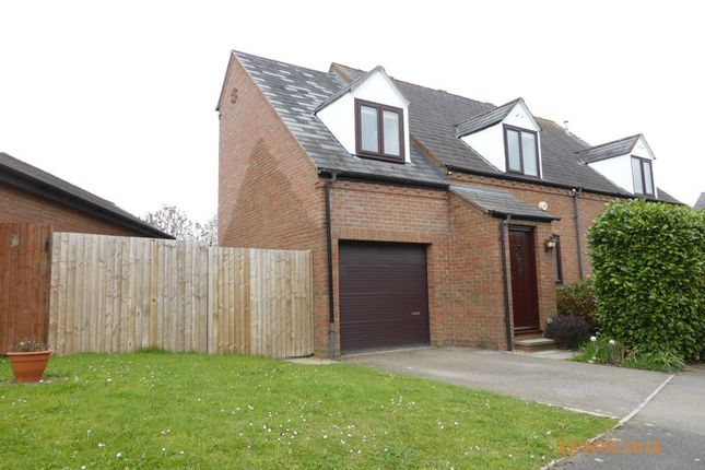 Thumbnail Property to rent in Sweetbriar Close, Bishops Cleeve, Cheltenham