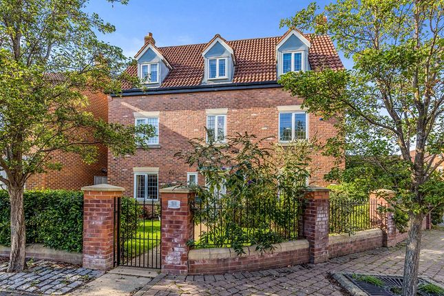 5 bed detached house for sale in Pennymoor Drive, Middlewich CW10