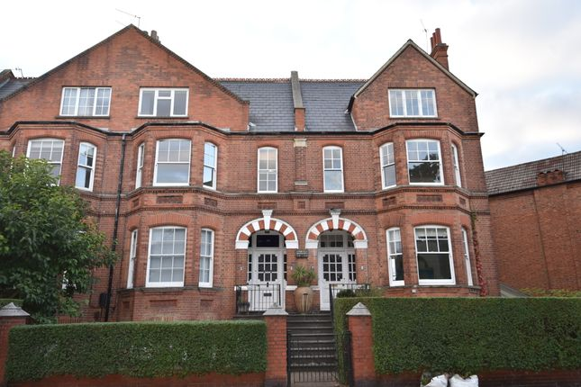 4 bed maisonette for sale in Dartmouth Park Hill, Dartmouth Park, London NW5